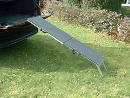 Saunders Folding Dog Car Ramp For 4x4s Dr2